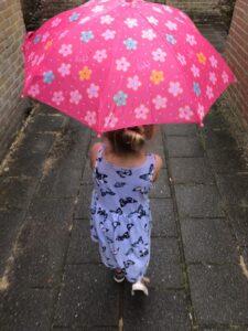 Ize met Lief Paraplu foto's mamazetkoers.nl