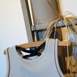 details jurk 1 mamazetkoers rug