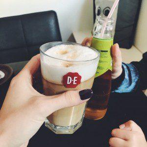 koffie drinken mamazetkoers dagroutine eetdagboek