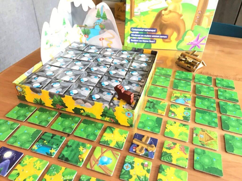 mama beer in de bergen start het coöperatieve spel Kleine Beer van Sunny Games mamazetkoers-